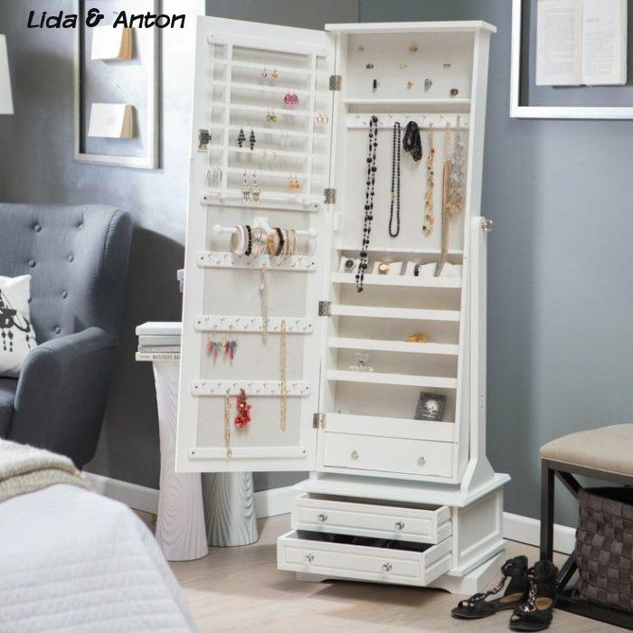 Как хранить ювелирные изделия в спальне