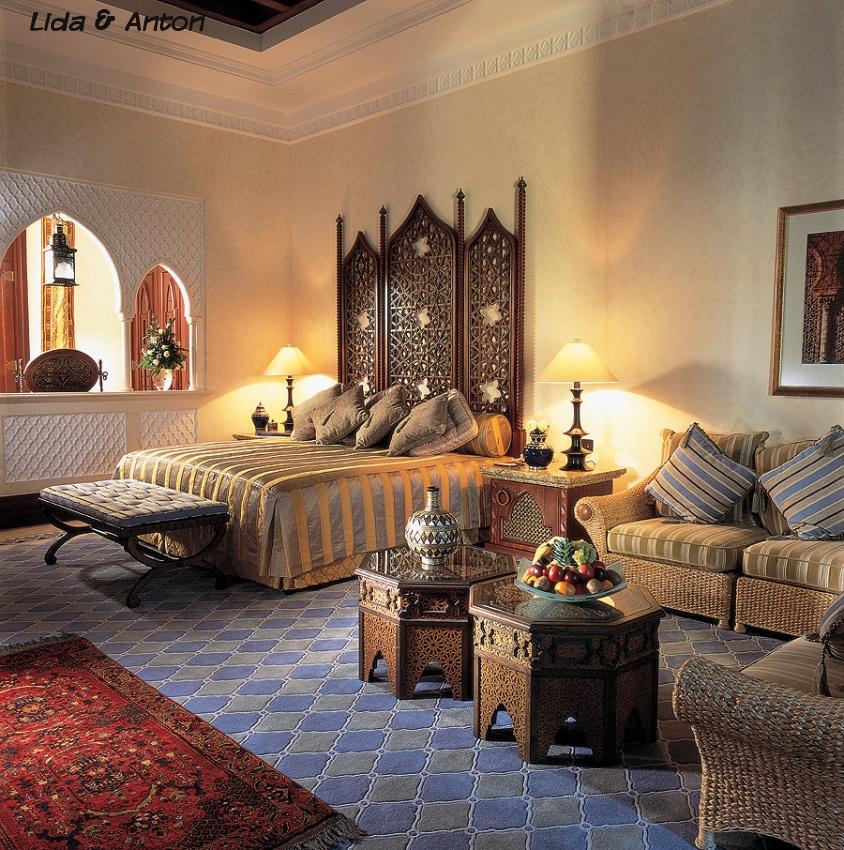 Мебель в мавританском стиле