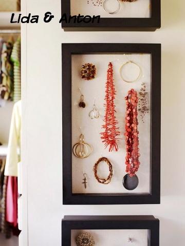 Полочки для бижутерии в гардеробном шкафу